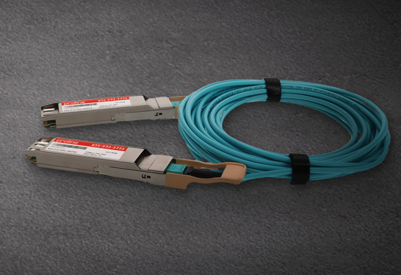 Picture for blogpost OSFP active optical cables build a strong 400G foundation in data centers