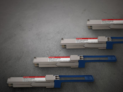 Picture for blogpost Take high speed CWDM up to 10km with QSFP28 100G single lambda transceivers